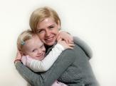 Alica mit ihrer Mutter